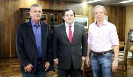 Bonilha recebe visita de vereadores de Matinhos