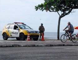 Dois foragidos da justiça, um deles do estado de São Paulo, foram presos pela PM em Matinhos
